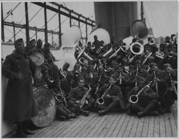 369th band